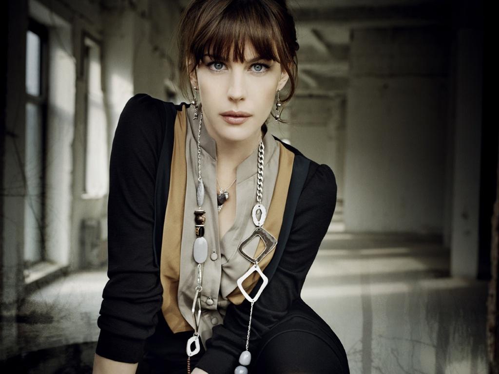 海外・ハリウッド女優の壁紙画像 2012年02月